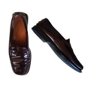 TOD's Burgundy Patent Leather Penny Loafers | 9